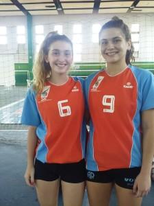 Violeta Ambrogi y Julieta Hoffmann, de Atlético.