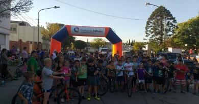 Ciclismo en los barrios Villa Rosas