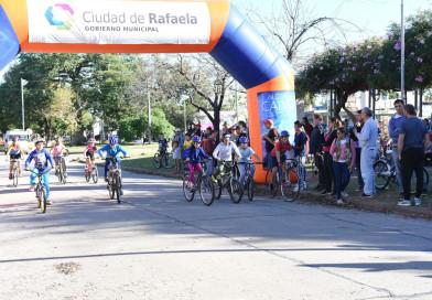 Ciclismo en los barrios llega a Plaza Italia
